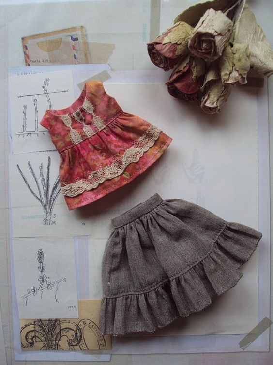Red Roses blouse and skirt set for Blythe by moshimoshistudio