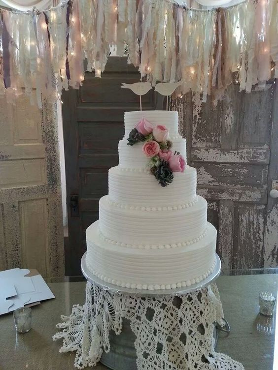 lorraine wedding cakes and cakes on pinterest. Black Bedroom Furniture Sets. Home Design Ideas