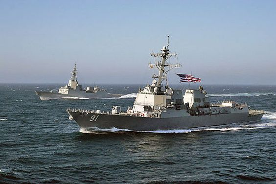 USS Pinckney (foreground) with Spanish frigate Almirante Juan de Borbon (F102)