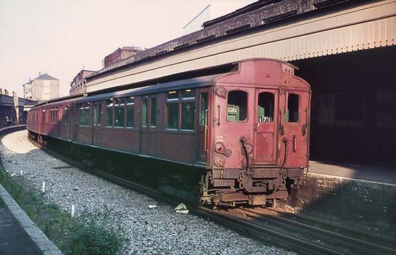 24c6f6787107b2e12ee84e4adb0fc907 - The East London Line: Ten years on...
