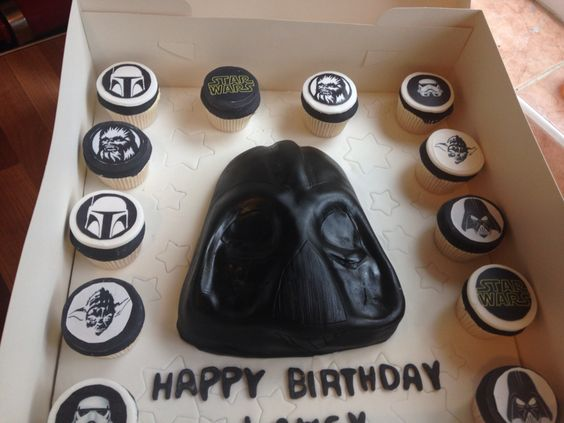 Darth Vader cake with starwars cupcakes