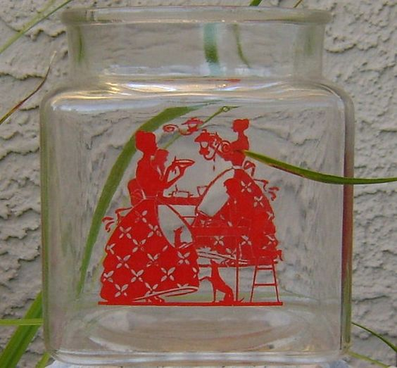 Red silhouette of Mom's homemade pie by theevintageshop on Etsy, $10.00