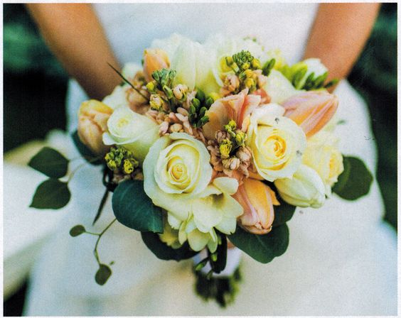 Gorgeous bridal bouquet found in Arizona Wedding magazine. Looking for that perfect wedding venue?  Visit us at www.agaveofsedona.com