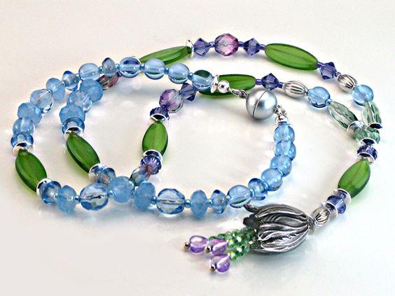 Glasketten - Glasperlen Kette hellblau  grün violett LenzLyrik - ein Designerstück von Schmuckundschoen bei DaWanda