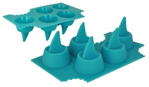 Eiswürfel in Form einer Haifischflosse 1 Form 5 Rückenflossen 5013 Shark Fin von nov, http://www.amazon.de/dp/B001UDPYFC/ref=cm_sw_r_pi_dp_pHTDrb13P2MSG