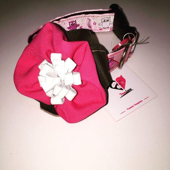 Collar con flor
