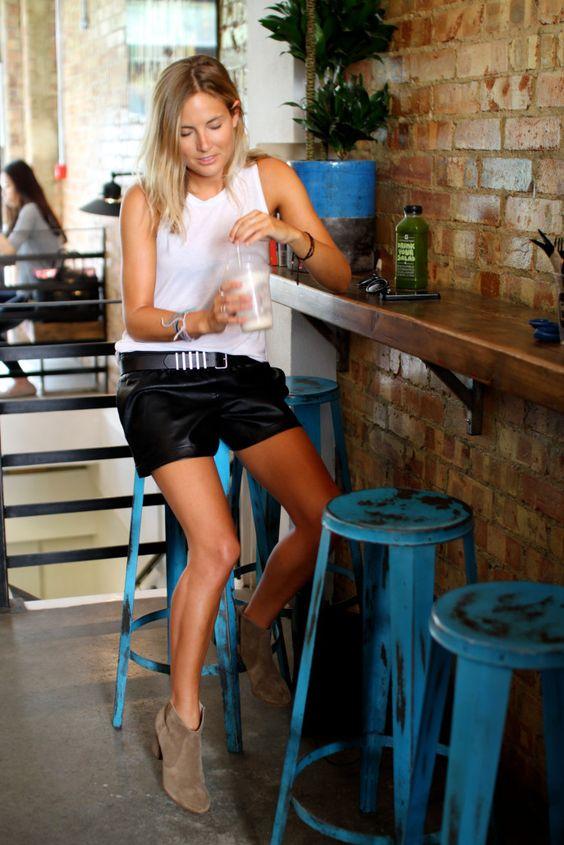 Fashion Me Now - Petite Style & Fashion Blogger / Petite Lookbook