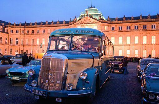 Das Rollende Museum parkt vor dem Schloss. Foto: Lange Nacht der Museen