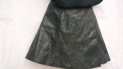 LADIES VINTAGE BLACK LEATHER WRAPAROUND MINI SKIRT UK SIZE 10