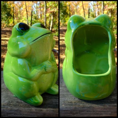 Vtg retro groovy green ceramic tall frog kitchen sink sponge back holder frogs big mouth - Frog sponge holder kitchen sink ...
