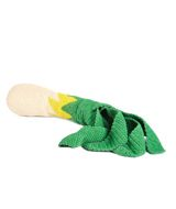 Ok, falling in love with Dutch company, Buisjes En Beugels. They sell a giant knitted leek! Count me so in for everything on their site, if I had many Euros that is.