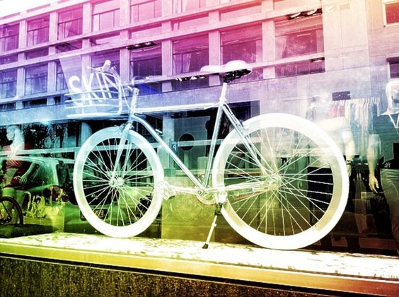 Rufskin Amsterdam boutique also sells this bicycle.