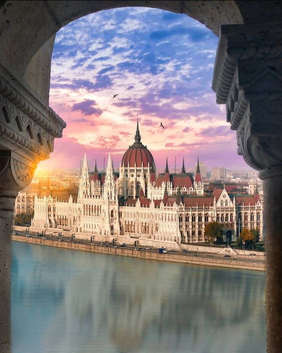 • Tag someone you'd like to go here with • • One of the largest cities in Europe, Budapest is a regional powerhouse in terms of art, design…
