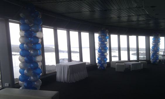Giant 3m balloon columns at Skyvenue (Skytower)