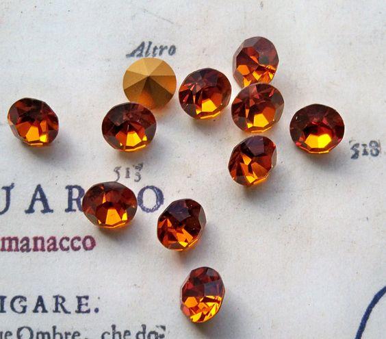 12 Vintage Swarovski, 1953, Madeira Topaz, SS 40 $6.00 #thecraftstar #vintage #swarovksi #topaz #crystals #madeira #cabochon