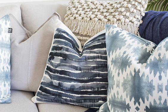 Gorgeous Coastal Sofa Decoration