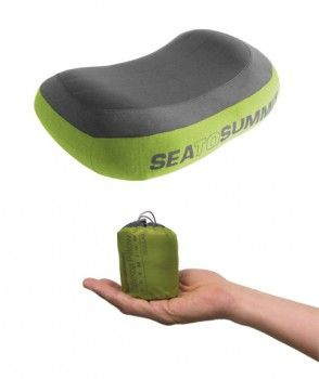Review of the Sea to Summit Aeros Premium Pillow, an inflatable travel pillow that's contoured and comfortable, soft against your face.