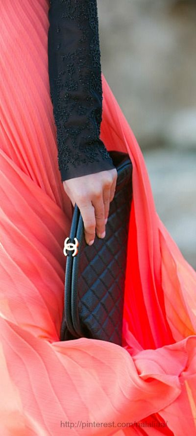Style - essential details - Chanel♥✤ | Keep the Smiling | BeStayBeautiful