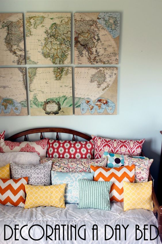 Decorating a day bed can be easy! Turn a day bed into a couch with these ideas!