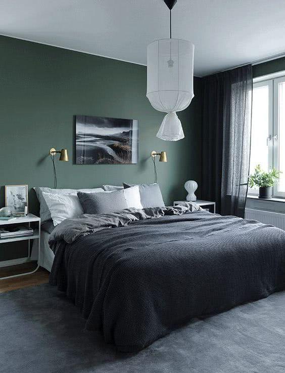 Pared Verde Oscuro Cama Y Decoracion Gris Grey Bedroom Design Home Decor Bedroom Bedroom Interior
