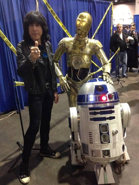 Marky Ramone w/ C3PO and R2D2