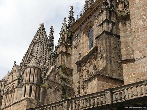 Cáceres: Las catedrales de Placencia. --- Les cathédrales de Placencia