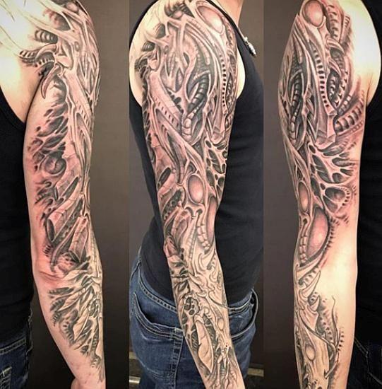 Biomech Sleeve Tattoo By Sebsta Lindstroem Tatu Ruki Tatu