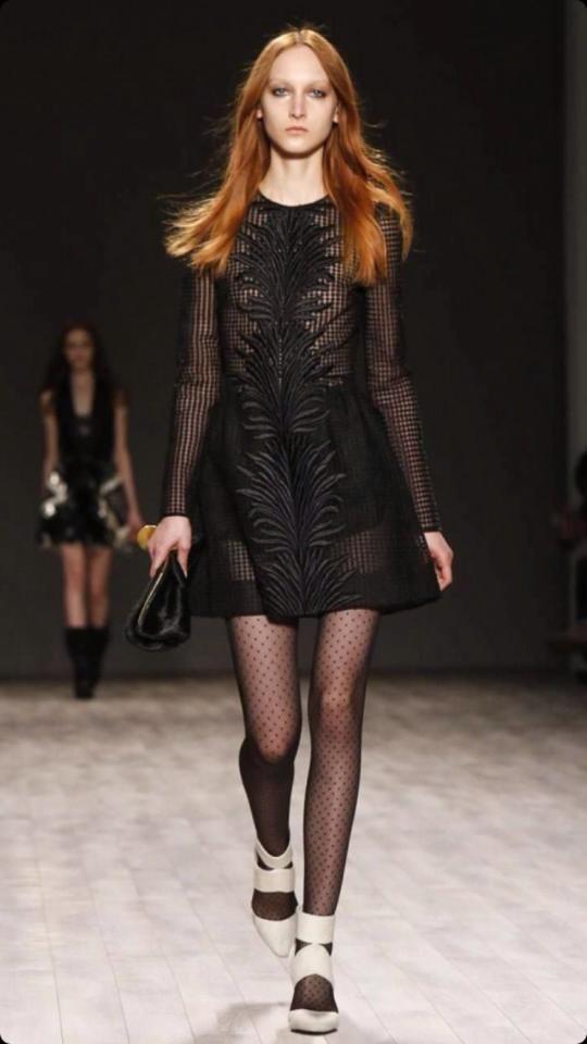 Jill Stuart F/W 2014 #redheadfashion #nyfw #newyorkfashionweek #redhead #fashion www.howtobearedhead.com/category/fashion
