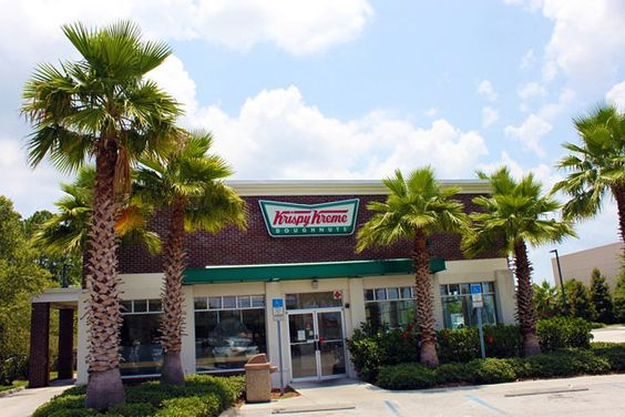 KRISPY KREME! Love them.  Taste so good but are probably very bad.  #orlando #doughnuts