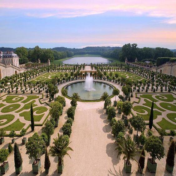 Venkovní prostory paláce