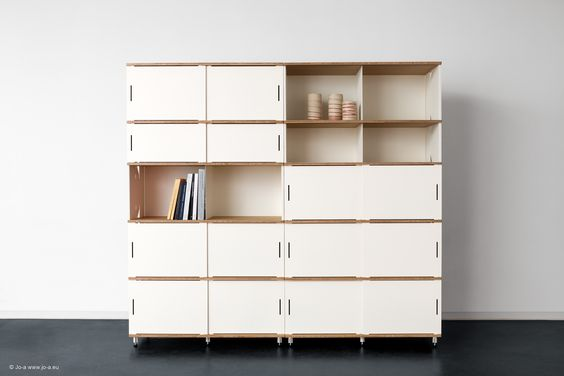 Stow storage system by Jo-a. Modular storage furniture for the office, bedroom, living room… sideboard, presses, bookshelf, divider #furniture #design #office #roomdivider #storage Système de rangement Stow Meuble de rangement modulaire pour bureau, chambre, salon… buffet, commode, bibliothèque, cloison #meuble #rangement #cloison #bureau Opbergsysteem Stow Modulair opbergmeubel voor bureau, kamer, salon … buffet, commode, bibliotheek #opbergmeubel #scheidingswand