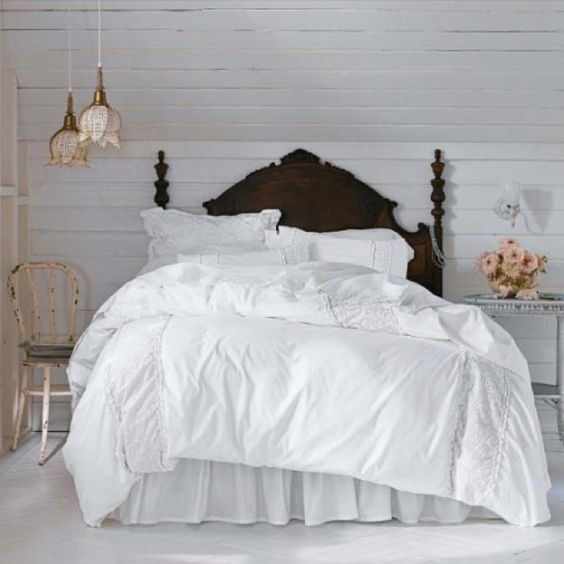 Soft Bedding Fluffy Pillows Down Comforters Beautiful