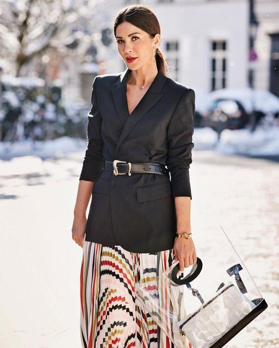 Одно из самых модных сочетаний весны 2019 - юбка-миди с жакетом | Новости моды