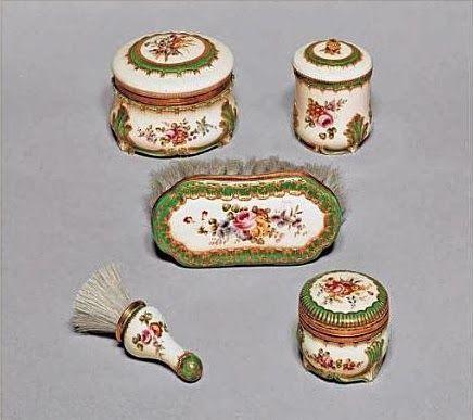 Rodama: a blog of 18th century & Revolutionary French trivia: Toilette articles