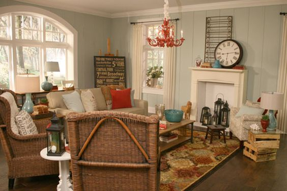 Turquoise red turquoise and beaches on pinterest - Beach themed living room ideas ...