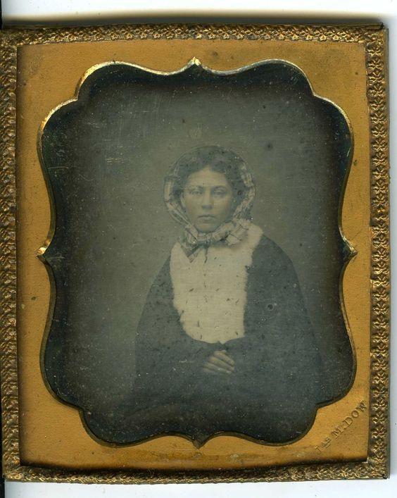 Daguerreotype Signé J M Dow Une Femme Prend La Pose 1 6 1870   eBay