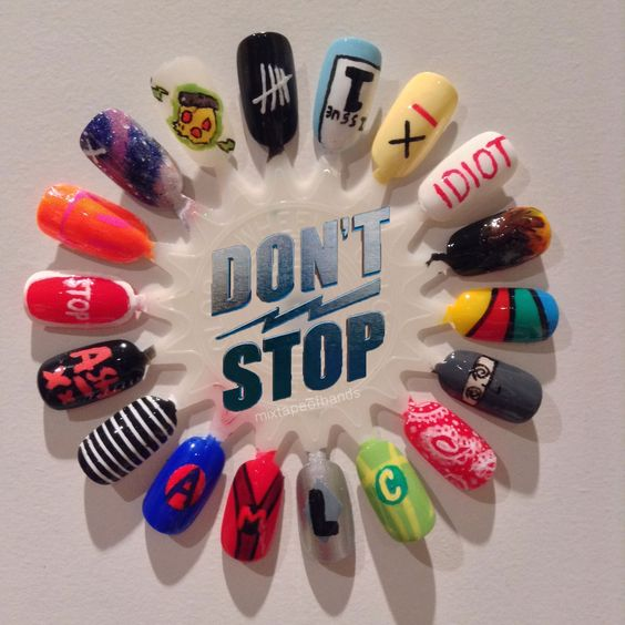 5 Seconds of Summer - Don't Stop nail art can I own this? Okay I dont actually like doing my nails and stuff but this is cool.