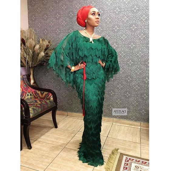 Hot.Sassy.Sexy are the three words that can describe the amazing Aso-Ebi styles we have in our gallery today. Well, fashion bunnies, we can't deny the fact that Aso-Ebi collection is one of our favorite posts on weekends because we get to see more eye-catching styles our fashion-forward belles...