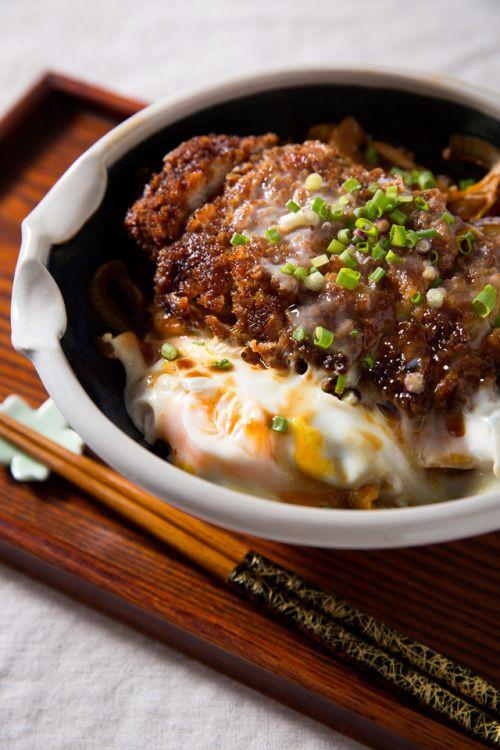 #intensefoodcravings:  Katsudon  Pork Cutlet Bowl with Rice |...