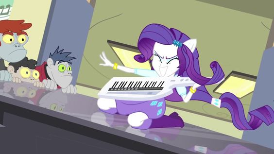 "MY LITTLE PONY: Equestria Girls: Exclusivo: ¡¡Vídeo e Imágenes del Corto ""Player Piano""!!"