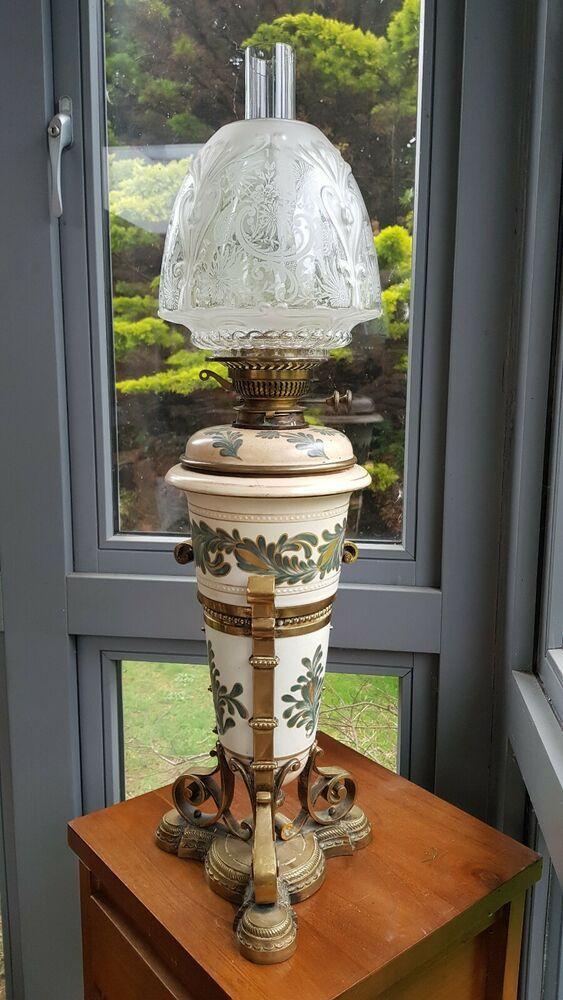 Original Victorian Royal Doulton Lambeth Carrara Oil Lamp Messengers Ceramic A1 Victorian Oillampbase In 2020 Oil Lamps Lamp Old Lamps