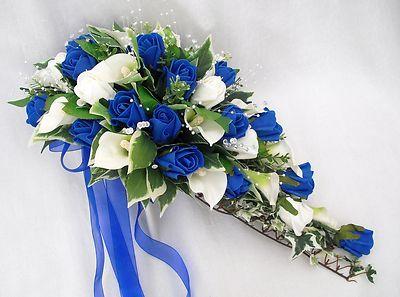 Wedding flowers bouquets brides bouquet cala lilies for Bouquet roses blanches