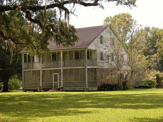 Built ins it is and the o 39 jays on pinterest for 1800s plantation homes