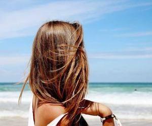 Welcome to the beach   via Tumblr