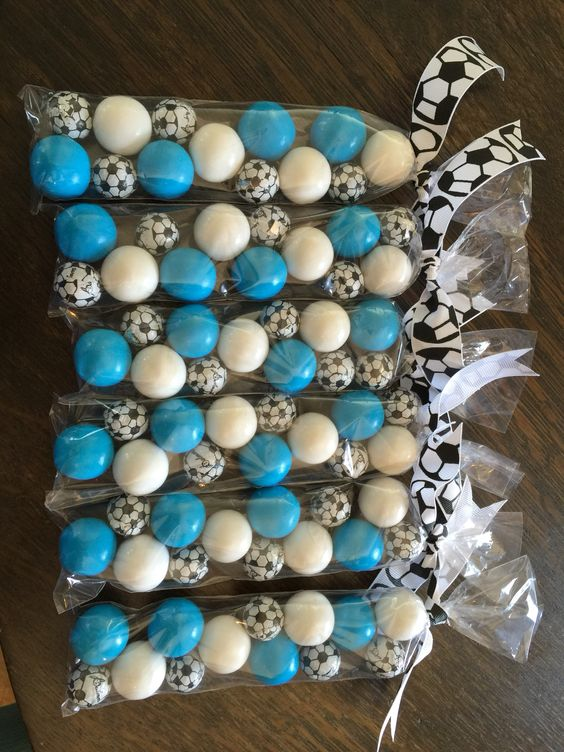 End of year soccer party favor! Cute & easy.