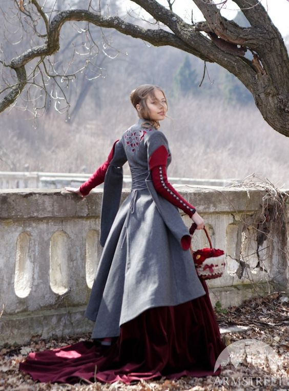 red riding hood coat 4