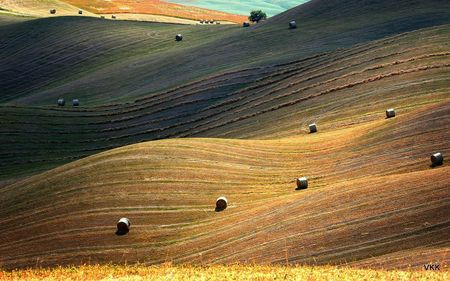 Light over the hills Photo by Veronika de Koleo -- National Geographic Your Shot