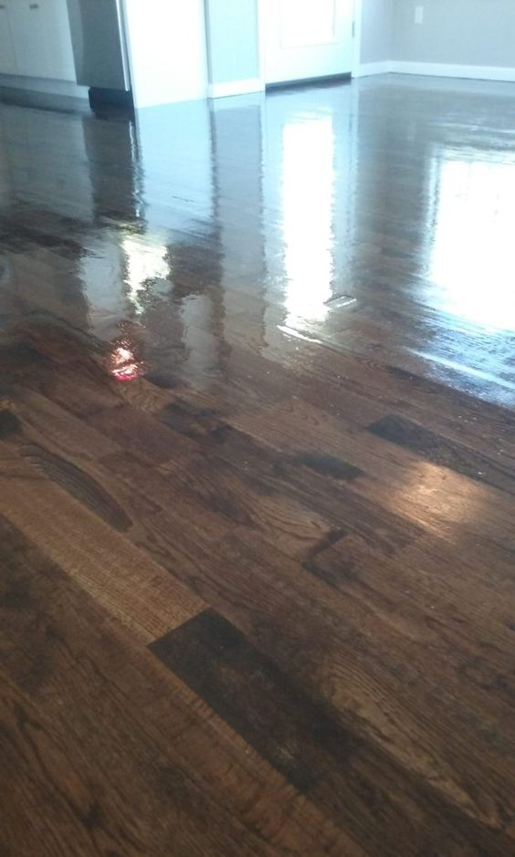Installation Of Unfinished Red Oak 2 1 4 3 1 4 And 5 Inch Planks 1232 Square Feet Stained Jacobean Masterline Finish Dura Red Oak Wood Floors Oak Floors