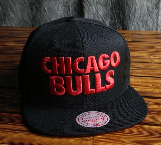 Chicago Bulls Mitchell & Ness Title Snapback Hat
