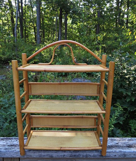 Vtg Wood Bamboo Rattan Wall Mount Display Hanging Shelf Bathroom Storage Rack: